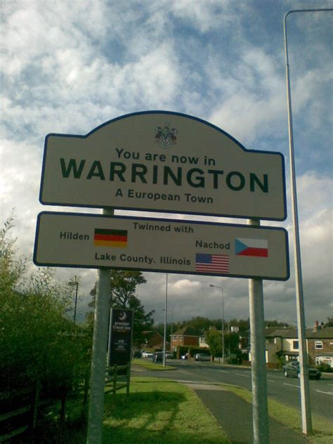 Welcome to Warrington sign © Darren O'Donnell :: Geograph