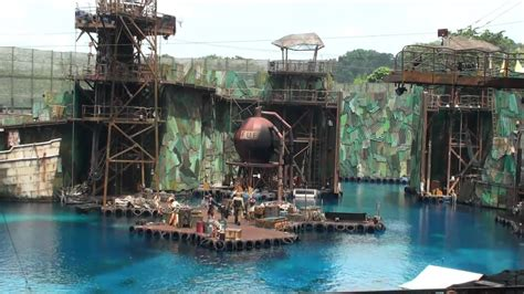 The Water World : Live show at Universal Studios Singapore
