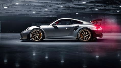 Comprehensive Guide To The 2018 Porsche 911 GT2 RS