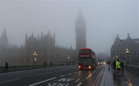 UK weather: Heavy rain to greet 2017 after one of driest