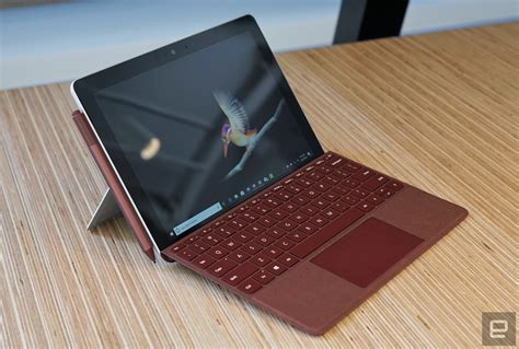 Microsoft's Surface Go is an Affordable 2-in-1 with Pen