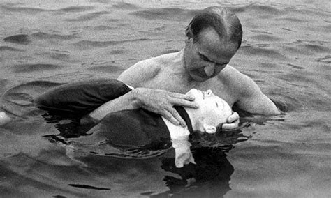 Asmund Laerdal with Resusci Anne | Kiss of life