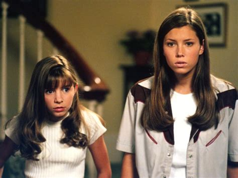"""Jessica Biel and her """"7th Heaven"""" sisters just reunited"""