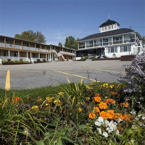 HOTEL GEORGES - Updated 2019 Prices & Reviews (Tadoussac