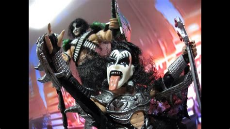 KISS action figures come to life - YouTube