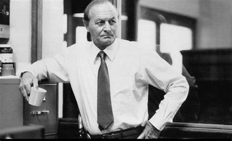 Famed, Gravelly-Voiced Actor Robert Loggia Passes Away