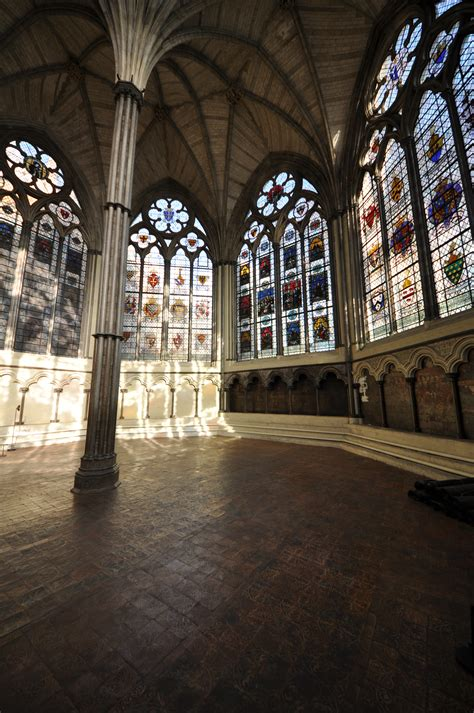 File:Westminster Abbey Chapter House 1